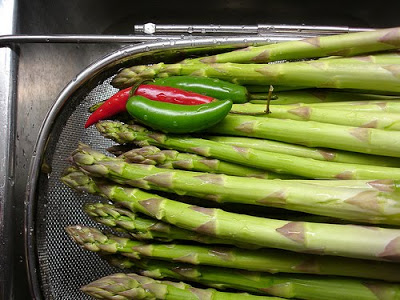 20 Best Retro Appetizers - - - - - # .15 Click here for Crispy Pickled Asparagus